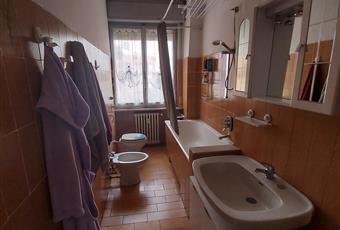 Il bagno è finestrato e con vasca Lombardia MB Carnate