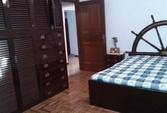 Il pavimento è di parquet Toscana MS Podenzana
