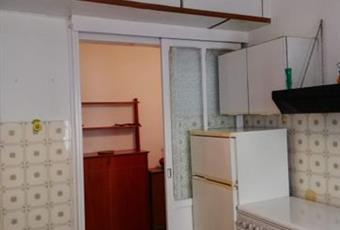 La cucina è luminosa, il pavimento è di parquet Calabria CZ Catanzaro