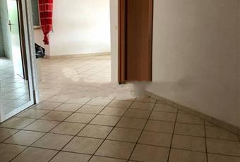 Il pavimento è piastrellato, il bagno è luminoso Lazio RM Ladispoli