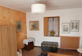 La camera è luminosa, il pavimento è di parquet Piemonte AL Alessandria