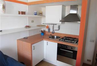 Cucina nuova, top rivestito in mosaico e ante laccate Liguria IM San Bartolomeo al mare