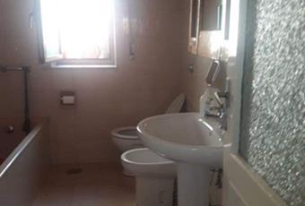 Il pavimento è piastrellato, il bagno è luminoso Basilicata MT Tricarico
