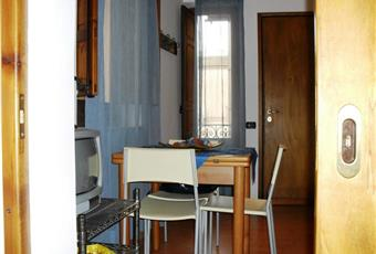 cucina, il pavimento è di parquet Sicilia TP Trapani
