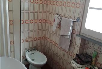 Il pavimento è piastrellato, il bagno è luminoso Emilia-Romagna FE Comacchio