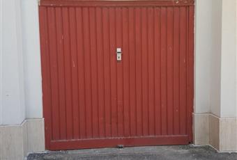 Garage delle dimensioni 3x5 metri con piccolo soppalco per deposito Puglia BR Brindisi