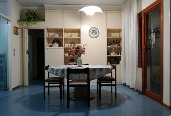 Il pavimento è piastrellato Campania CE Cellole