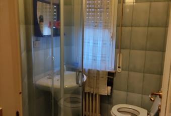 Bagno di servizio con comoda doccia. Lombardia PV Vigevano