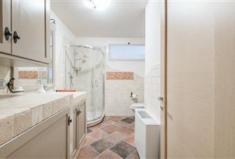 Bagno con doccia e vasca idromassaggio Piemonte AL Molare