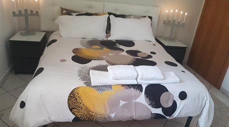 Camera matrimoniale a 400€ a frattocchi