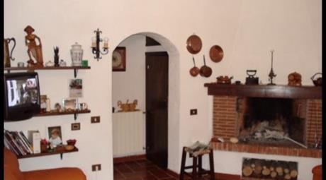 Casa indipendente via Castiglione, Riofreddo