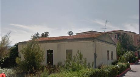 Valledoria terreno edificabile con rudere 150 mq  via Roma, 24