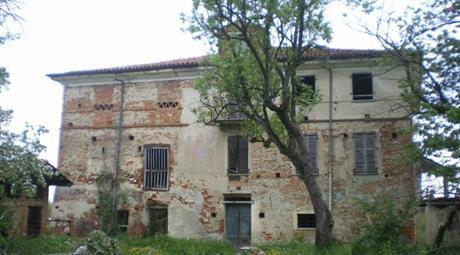 Rustico / Casale Strada dei Curetti 8, Mondovi'-rustico,portico,7gt. di terra con prezzo a parte