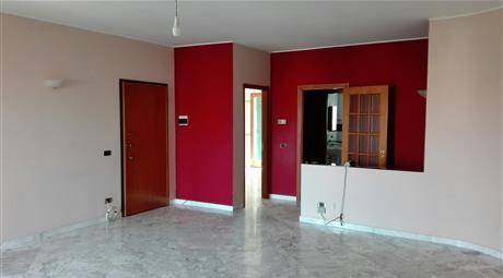 Appartamento 5 vani + servizi