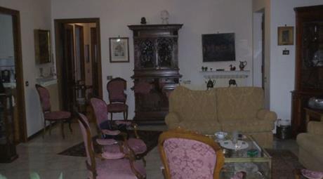 Bilocale  centro di Rocca di Papa,