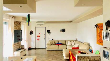 Appartamento in vendita in via Achille Grandi, 15
