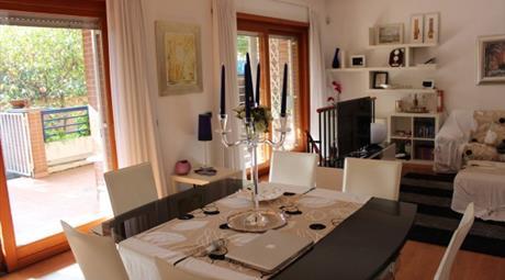 Appartamento via Andrea Millevoi, Roma € 535.000