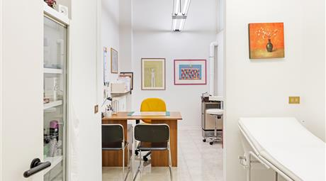 STUDIO DENTISTICO RIADATTABILE