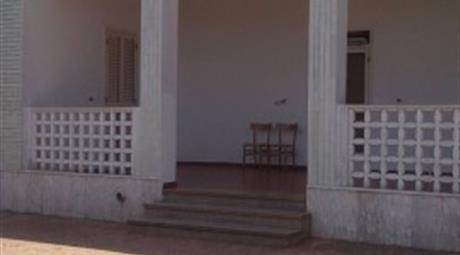 Villa via Papa Giovanni XXIII 12, Ostuni      € 250.000