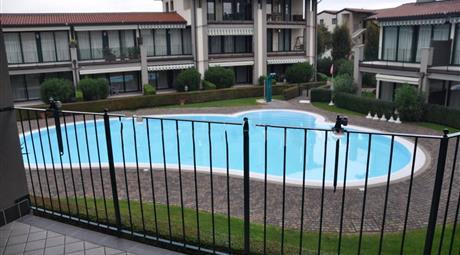 Bilocale via Ri Fiochel 61, Padenghe sul Garda € 170.000