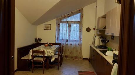 Appartamento via Valeriana 132, Dubino