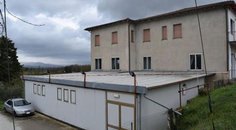 Locale commerciale in Vendita in Via di Motina 136 a Anghiari