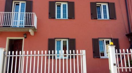 Villa via IV Novembre 168, Omegna