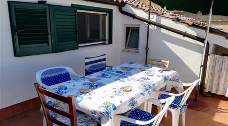 Appartamento su due piani di villetta
