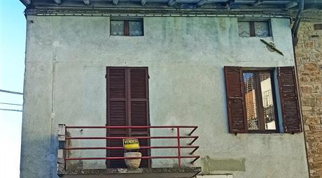 Terratetto unifamiliare piazza Roma 23, Tizzano Val Parma