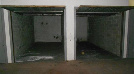 Garage in vendita in via filippo meda, 2, Lainate