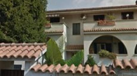 Appartamento in villino in Via della Salamandra