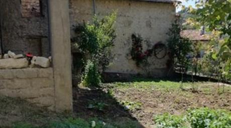 Locale uso rimessa in vendita Via Sant'Antonio 15.000 €