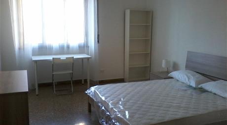 Stanza singola vicino Ospedale San Camillo