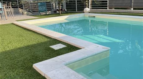 Privato vende trilocale nuovo con piscina privata