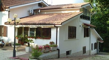 Villa via Colle Giacinto 6, Zagarolo