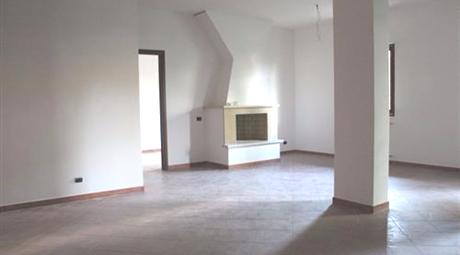 Villa quadrifamiliare a Castelnuovo di Porto