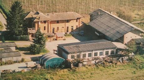 Vendita cascina composta da 4 fabbricati e ampio terreno