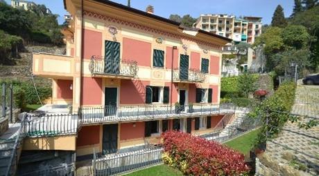 ZOAGLI appartamento 100 mq terrazzi giardino posto