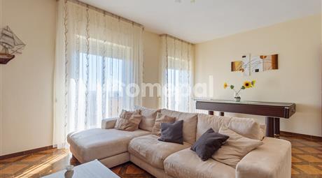 Appartamento ampio e luminoso con vista panoramica | Casa Santa