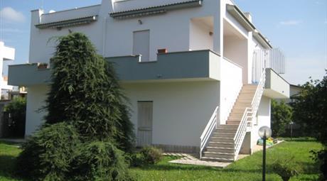 Villa via Ticino 27, Anzio