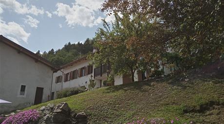 Casa indipendente in montagna con laboratorio
