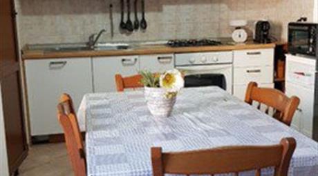 Appartamenti in Vendita in Via Sarzanese Sud a Massarosa