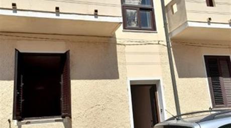 Appartamento su due piani in vendita in via Magnon, 18