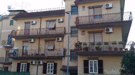 Appartamento via Alessandro Nelli, Roma