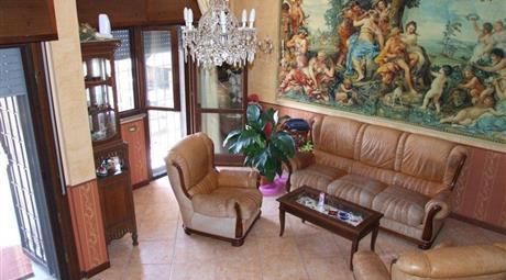 Villa a schiera via Priolo Gargallo 90, Roma