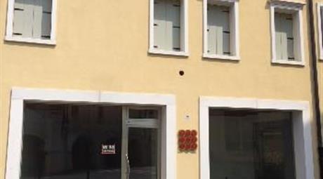Locale uso ufficio Rovigo