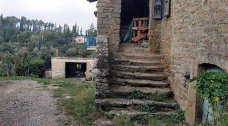 Rustico, Casale in Vendita in Strada Provinciale del Calcione 45 a Monte San Savino