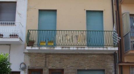 Appartamento su due piani in vendita in via Giacomo Leopardi, 71 e 73, Centro Storico, Viareggio