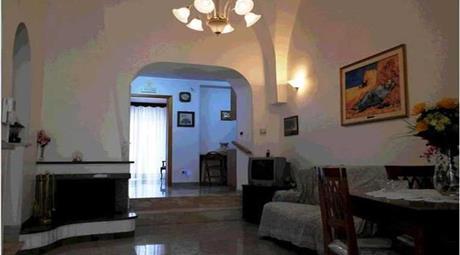 Casa zona ottocentesca mq 100 Euro 160.000