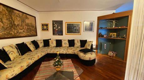 Appartamento in Vendita in Via Carl Marx 4 a Piana degli Albanesi